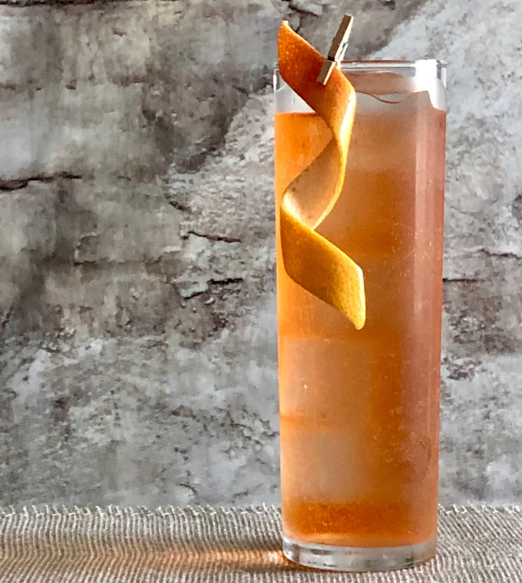 An example of the Mesa Spritz, the mixed drink (cocktail) featuring soda water, Dolin Dry Vermouth de Chambéry, and Aperitivo Cappelletti; photo by Lee Edwards