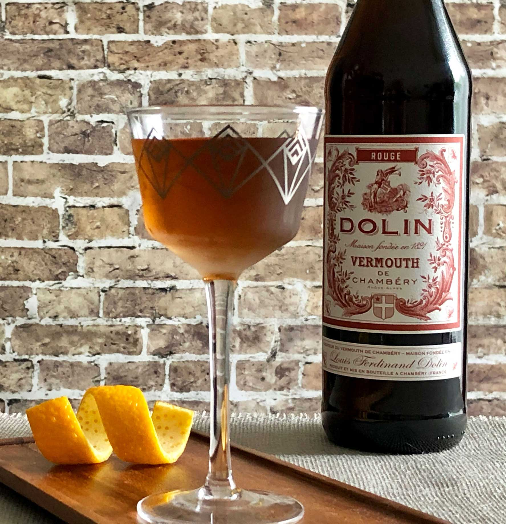 An example of the Aphrodite No. 2, the mixed drink (cocktail) featuring Terres des Templiers Rancio Sec, Timbal Vermut de Reus Sweet Red, and Angostura bitters; photo by Lee Edwards